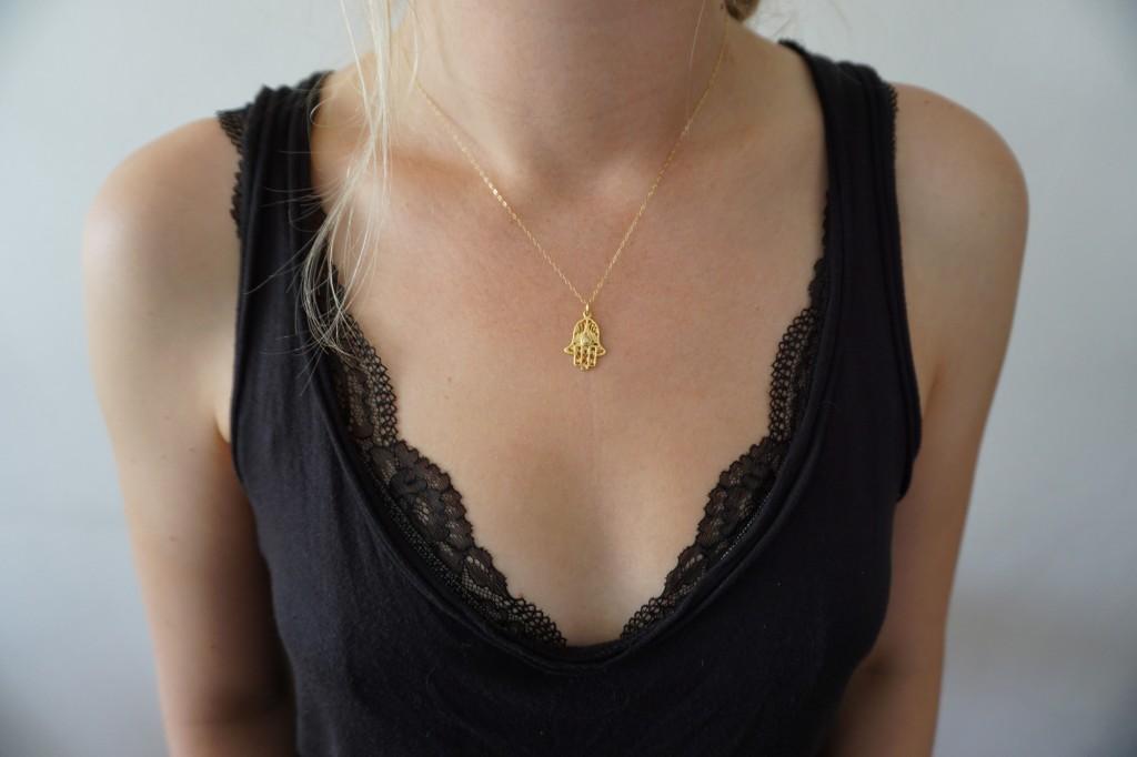 Jewellery-gold-hamsa